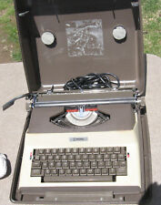 Vintage Antique Litton Royal SP-8500 Portable Electric Typewriter & Case