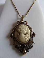 GOTHIC STEAMPUNK BEIGE CAMEO AMBER DIAMANTE ANTIQUE GOLD PENDANT NECKLACE new