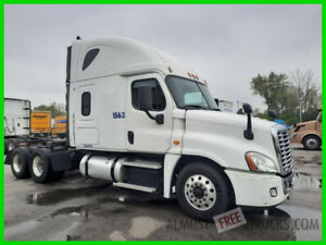 2016 Freightliner Cascadia  NO RESERVE  # 1563  10R IL