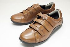 Ros Hommerson 7 W Brown Flat Women's Shoe