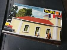 AILE  DE  LA  GARE  DE  SAINT-JULIEN  FALLER  191102  EN  BOITE