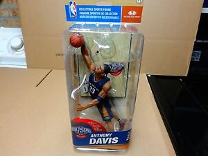 MCFARLANE NBA 27 ANTHONY DAVIS NEW ORLEANS PELICANS