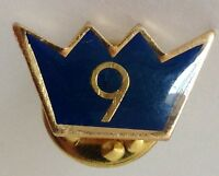 Crown 9 Pin Badge Rare Vintage (H10)