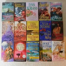 Mixed lot of 15 Romance pb books LYNN KURLAND Lynsay Sands LISA KLEYPAS Wiggs