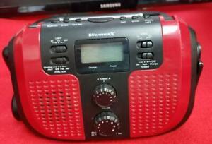 WeatherX Portable Handcrank Weatherband AM/FM Radio Flashlight Model 209 EUC