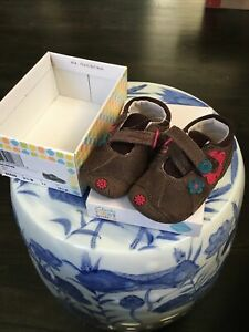 CLARKS First Shoes Girls Sz 3.5 W Brown Mary Janes Dizi Dots