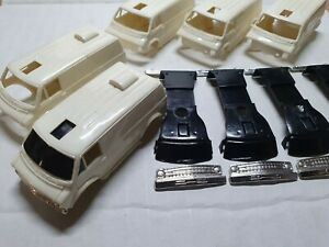 TYCO  DODGE VAN UNASSEMBLED FOR CUSTOMIZATION.LOT OF 5 BODIES.RARE! LOOK!