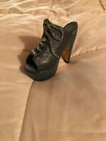 Vintage Looking High Heeled Clog With Open Toe Figurine