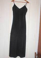 Robe longue de soirée à brides velours noir BRUNELLA Taille 42-44 état neuf !