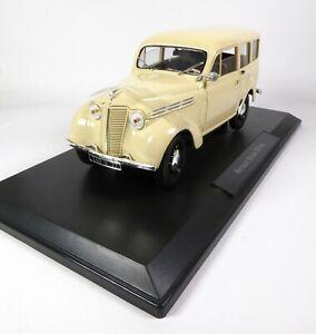 Renault Break 300 kg Juvaquatre 1951 Ivory - 1:18 Norev Voiture Model Car 185260