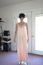 Vintage 80's Vanity Fair Peach nightgown  size M  NWOT
