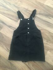 Girls Black Denim Dungarees Pinafore Dress Age 7-8 on tags would recommend 6-7