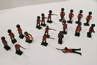 Vintage BRITAINS LTD PROPRIETORS 14 + 5 Lead Toy Guard Soldiers and Others