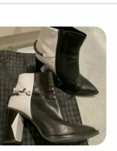 Karl Lagerfeld Boots Size EURO 37 MADE IN ITALY