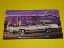 1965 OLDSMOBILE CUSTOM VISTA-CRUISER POSTCARD, DEALER ADVERTISEMENT