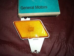 Nos 1970 Chevrolet impala Belair Front Fender Turn Light lamp Left