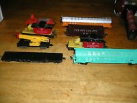 HO TRAIN LOT 501MUTIL. 8 LIONEL TYCO FREIGHT CARS