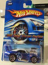 Hot Wheels 1969 Dodge Charger Daytona Mopar Madness #065 Blue
