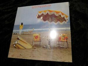 LP  OVP Neil Young    On the beach