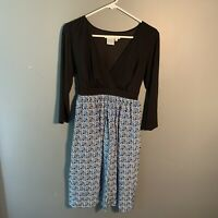 Maggy London Women's Size 8 Dress ¾ Sleeve V Neck Black Blue Geometric Silk