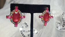 Rhinestone and Acrylic Rose Colored Faux Crystal Post earrings in Gold Tone