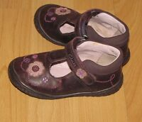 Girls Clarks Size 5 G UK Leather  Purple Shoes VGC !!! *Infant*