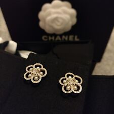 S/S 2019 Brand new Chanel Camelia Crystal & Pearl Earrings Brand New