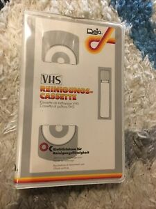 Reinigungskassette mit Voller Reinigungsflüssigkeit  Unbenutzt Deja VHS Cleaner