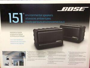 NEW BOSE 151 BLACK INDOOR/OUTDOOR ENVIRONMENTAL SPEAKERS W MOUNTING BRACKETS NIB