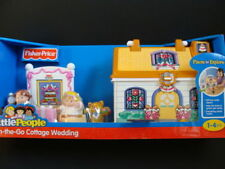 NEW LITTLE PEOPLE On-the-Go Cottage Wedding Take Along Carry Case Bride Groom