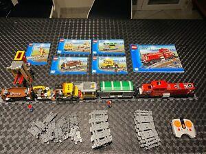 Lego City Train de Marchandises 3677 set complet locomotive rouge télécommandée