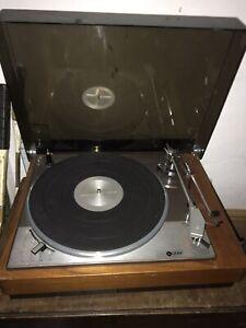 Vintage Leak Record Deck Turntable