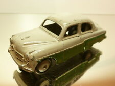 DINKY TOYS 164 VAUXHALL CRESTA - GREEN + GREY 1:43 - GOOD CONDITION