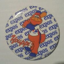 Expo Youppi pin badge vintage