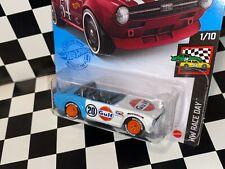 "Hot Wheels TRIUMPH TR6 - ""GULF RACING"" REAL RIDERS custom"