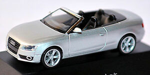 Audi A5 Cabriolet 8T 2009-11 IN Pc-Showcase Display Box Ice Silver Metallic 1: