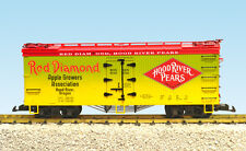 USA Trains G Scale 16455 U.S. REEFER CAR Red Diamond Pears - Green/Yellow/Red