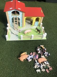 Wooden Farm Play Set Barn Animals Toys