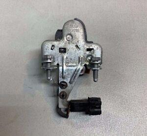 Saab 9-5 Trunk Lock Actuator Latch 5331293 OEM