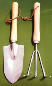 "Handy Pair of 10"" Garden Tools"