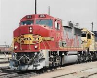 LOCOMOTIVE Train FOUND PHOTO Color SANTA FE RAILROAD Original VINTAGE 03 9 Y