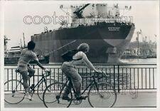 1977 Supertanker Stuyvesant Ship Launch Press Photo