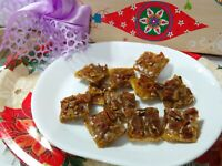Maple Bacon Saltine Toffee Bark  with Pecans *Crunchy & buttery