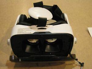 Hype I-FX Virtual Reality Headset w/built in stereo earphones, EUC