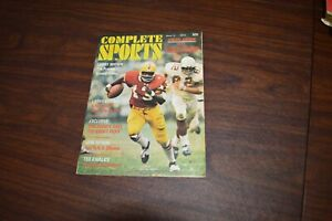 Complete Sports Special Edition N.F.L. Winter 1972 Magazine Larry Brown NFL
