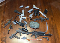 ASSORTED ACTION FIGURE TOY WEAPONS & ACCESSORIES SOME RARE JOB LOT SEE PICS 4
