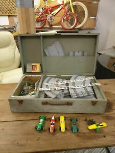 MID-CENTURY VINTAGE AIRFIX MOTOR RACING SLOT CAR TRACK & CARS IN WOODEN CASE