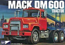 MPC 1:25 Mack DM600 Tractor Plastic Model Kit MPC859