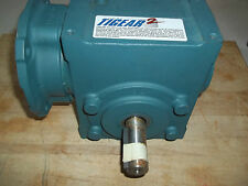 NEW DODGE TIGEAR 2 RIGHT ANGLE WORM GEAR REDUCER RATIO 40:1 / HP: 1.67 / FRM 56C