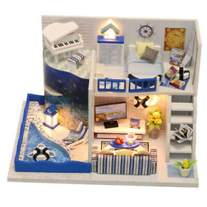 1:24 DIY Dollhouse Miniature Furniture With LED Light The Sound Of The Sea